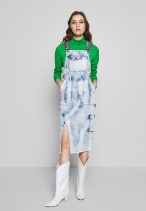 TOUCH THE SKY - Denim dress - denim medium light