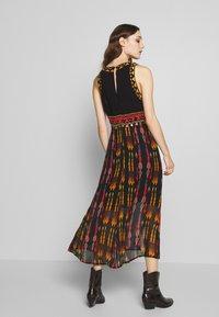 Desigual - SIDNEY - Vestido informal - multicoloured - 2