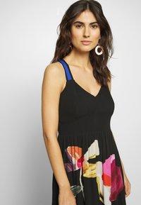 Desigual - VEST LISBOA - Maxi šaty - black - 3