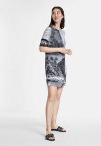 Desigual - DESIGNED BY CHRISTIAN LACROIX - Korte jurk - black - 1