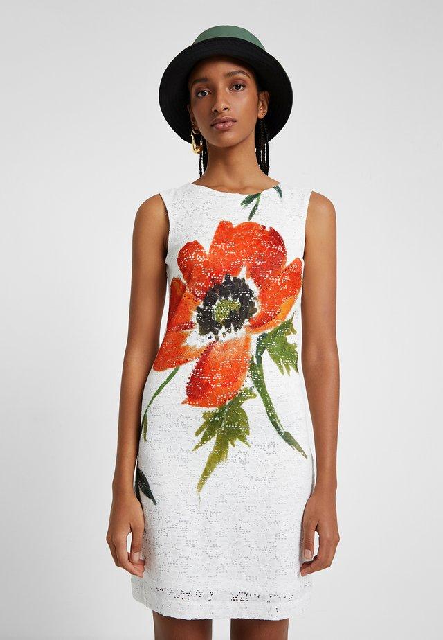 VEST_EYRE - Korte jurk - white