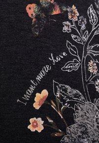 Desigual - KEILA - T-shirt à manches longues - gris vigore oscuro - 6