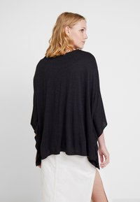 Desigual - RAMISHA - Long sleeved top - black - 2