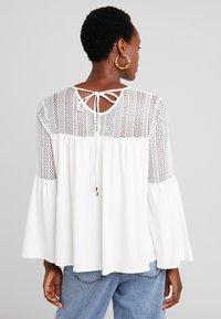 Desigual - IVANA - T-shirt à manches longues - cream - 2