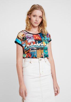 PHOEBE - T-shirts med print - tutti fruti