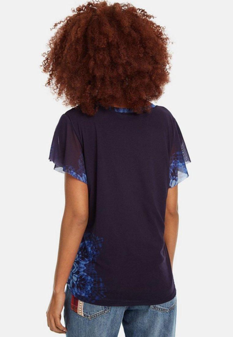 Desigual Blue clarkT shirt Ts Imprimé yb76fg
