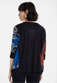 Desigual - TS_ADASH - Bluzka z długim rękawem - black - 2