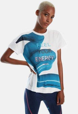 TS CO PATCH - T-shirt imprimé - white