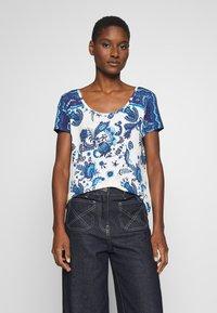 Desigual - MELIAN - T-shirt imprimé - azul dali - 0