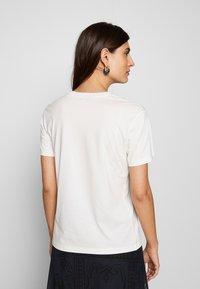 Desigual - MILAN - T-shirts med print - blanco - 2