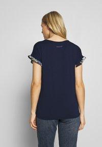 Desigual - MUNICH - T-shirt imprimé - navy - 2