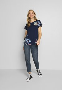Desigual - MUNICH - T-shirt imprimé - navy - 1