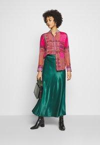 Desigual - CAMASIS - Button-down blouse - granate medio - 1
