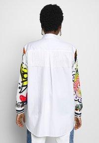 Desigual - CAM TARENTO - Button-down blouse - blanco - 2
