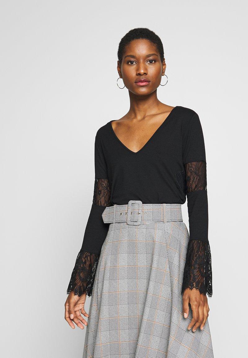 Desigual - AMELIA - Maglietta a manica lunga - black