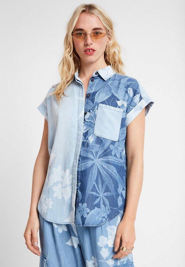 CAM_BLUEWAI - Camisa - blue