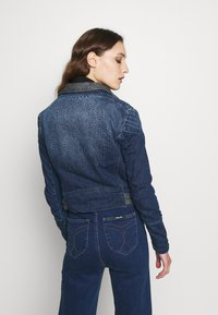 Desigual - CHAQ DENIS - Džínová bunda - denim medium dark - 2