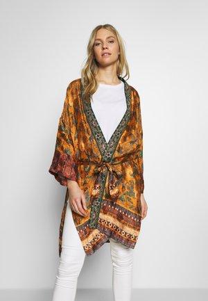CHAQ SABANA - Summer jacket - ocre