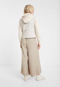 Desigual - ERICA - Denim jacket - white - 2
