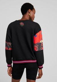 Desigual - MOREAMORE - Sweatshirt - black - 2