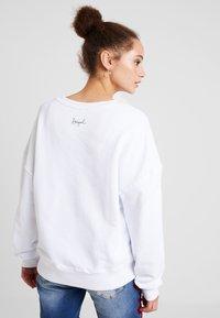 Desigual - MONI - Sweatshirt - blanco - 2