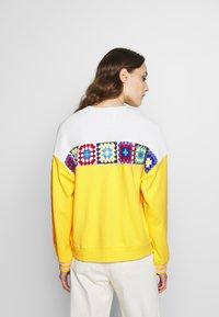 Desigual - Sweatshirt - blazing - 2