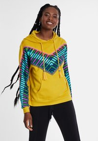Desigual - PEPPERSS - Jersey con capucha - yellow - 0