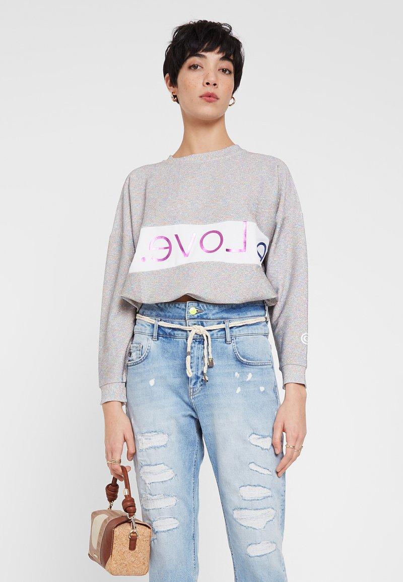 Desigual - Sweatshirt - white