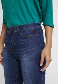 Desigual - BASIC SKIN - Slim fit jeans - denim medium wash - 3