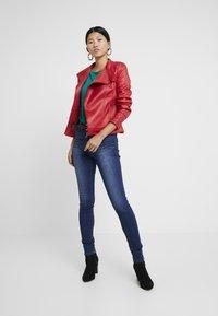 Desigual - BASIC SKIN - Slim fit jeans - denim medium wash - 1