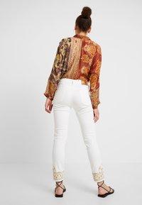 Desigual - PANT BELLAY - Jeans slim fit - denim nature - 2