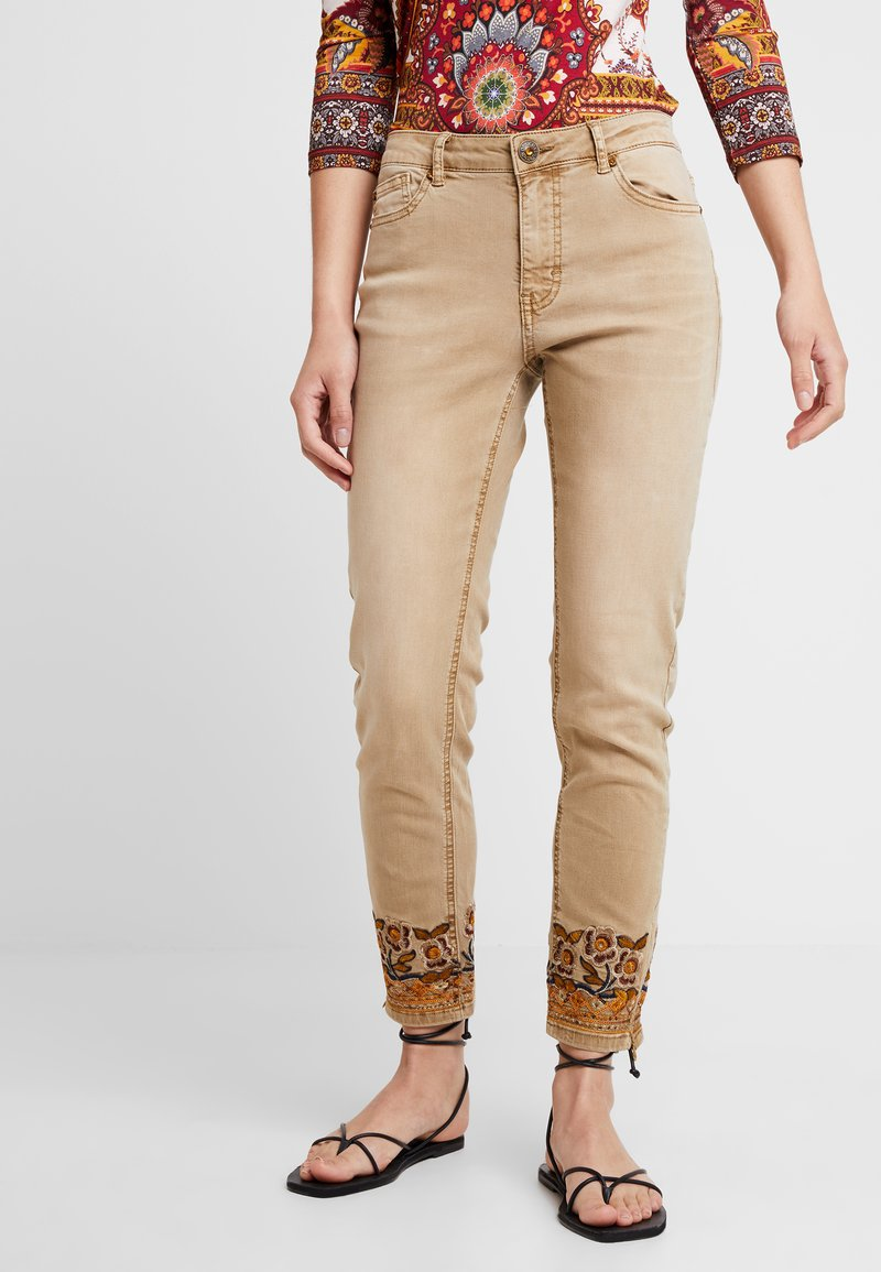 Desigual - PANT MIAMI COLORS - Jean slim - crudo beige