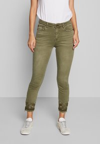 Desigual - PANT ONEIL - Jeans Skinny - verde militar - 0