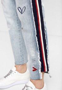 Desigual - Straight leg jeans - blue - 2