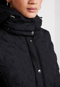 Desigual - PADDED LEICESTER - Zimní kabát - black - 10