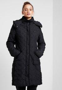 Desigual - PADDED LEICESTER - Zimní kabát - black - 0