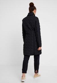 Desigual - PADDED LEICESTER - Zimní kabát - black - 4