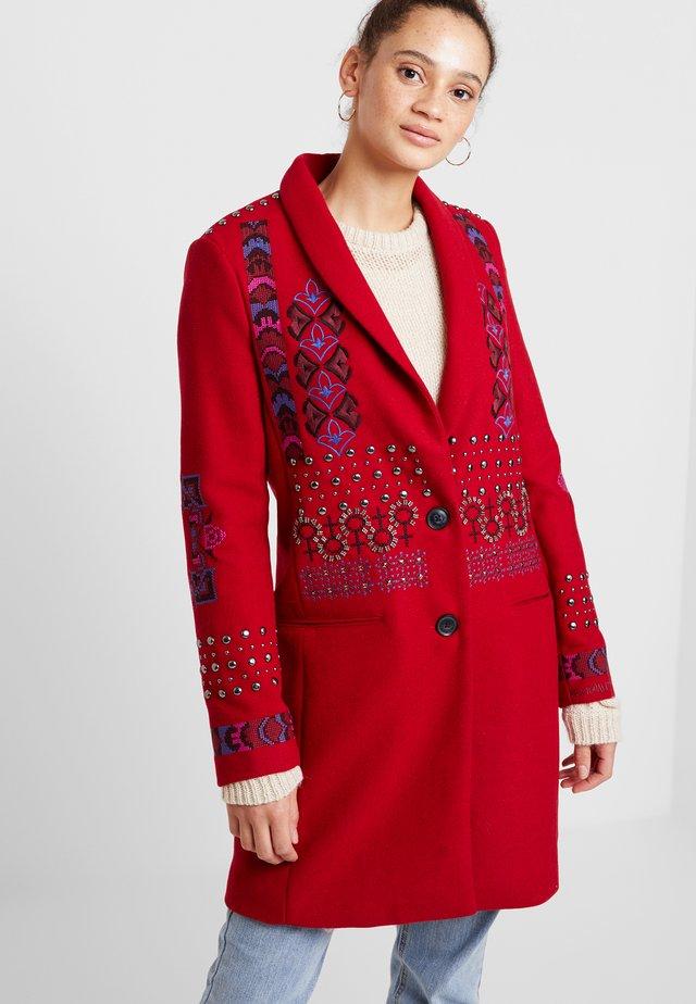 ABRIG DYLAN - Cappotto classico - rojo oscuro