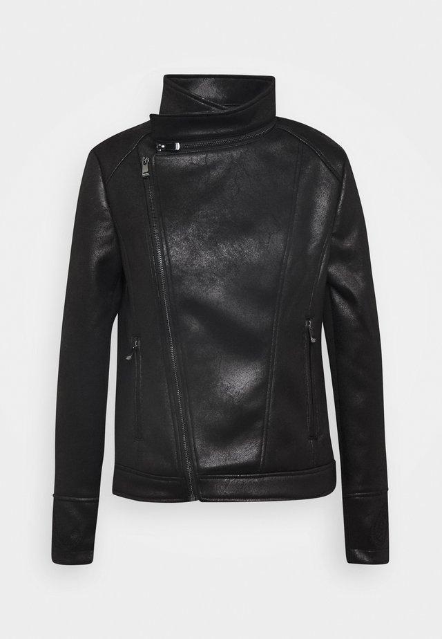 CHAQ SVEN - Faux leather jacket - black