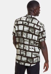 Desigual - CAM_GABRIEL - Camisa - black - 2