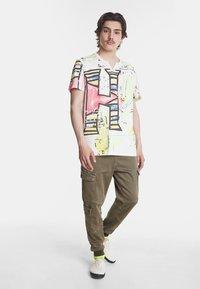 Desigual - Camiseta estampada - white - 1