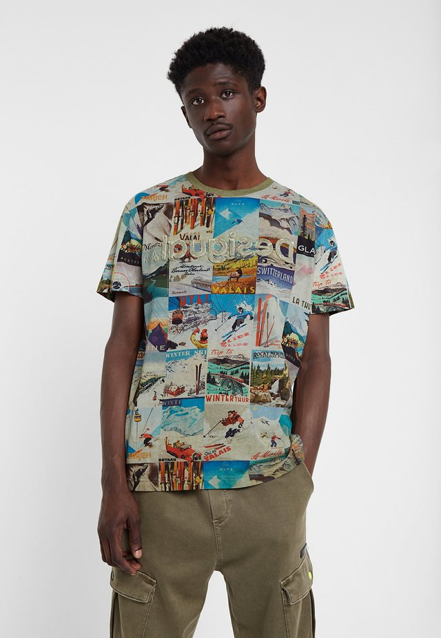 TS_MAY - T-shirt z nadrukiem - green