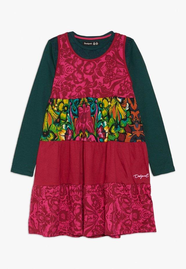 VEST RUIBARBO SET - Vestito di maglina - rosa glamour
