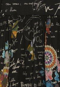 Desigual - DURANGO - Sukienka z dżerseju - black - 3