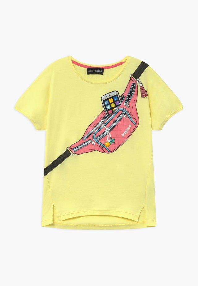 JORBA - T-shirt con stampa - amarillo pastel