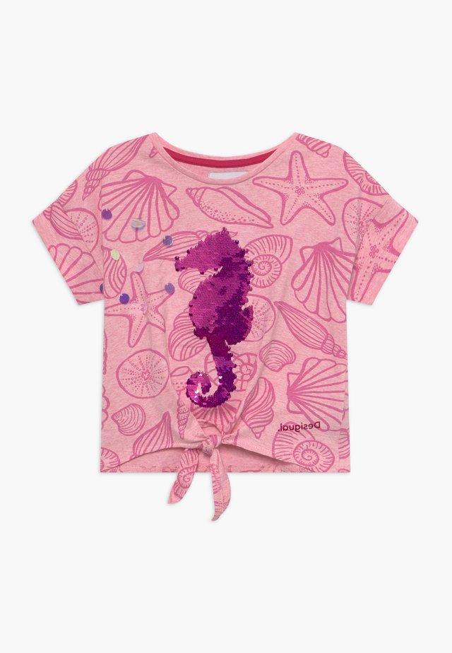 ABERDEEN - T-shirt print - rosa helado