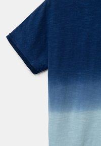 Desigual - EASTBOURNE - T-shirt print - blue - 4