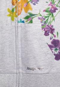 Desigual - ALASKA - Zip-up hoodie - gris vigore claro - 3