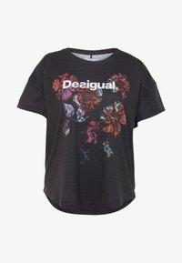 Desigual - TEE OVERSIZE PATCH - Camiseta estampada - black - 4