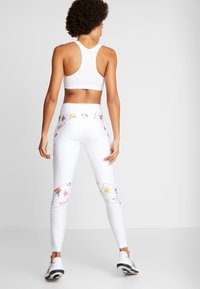 Desigual - BLOCKING LEGGING GARDENS - Trikoot - blanco - 2